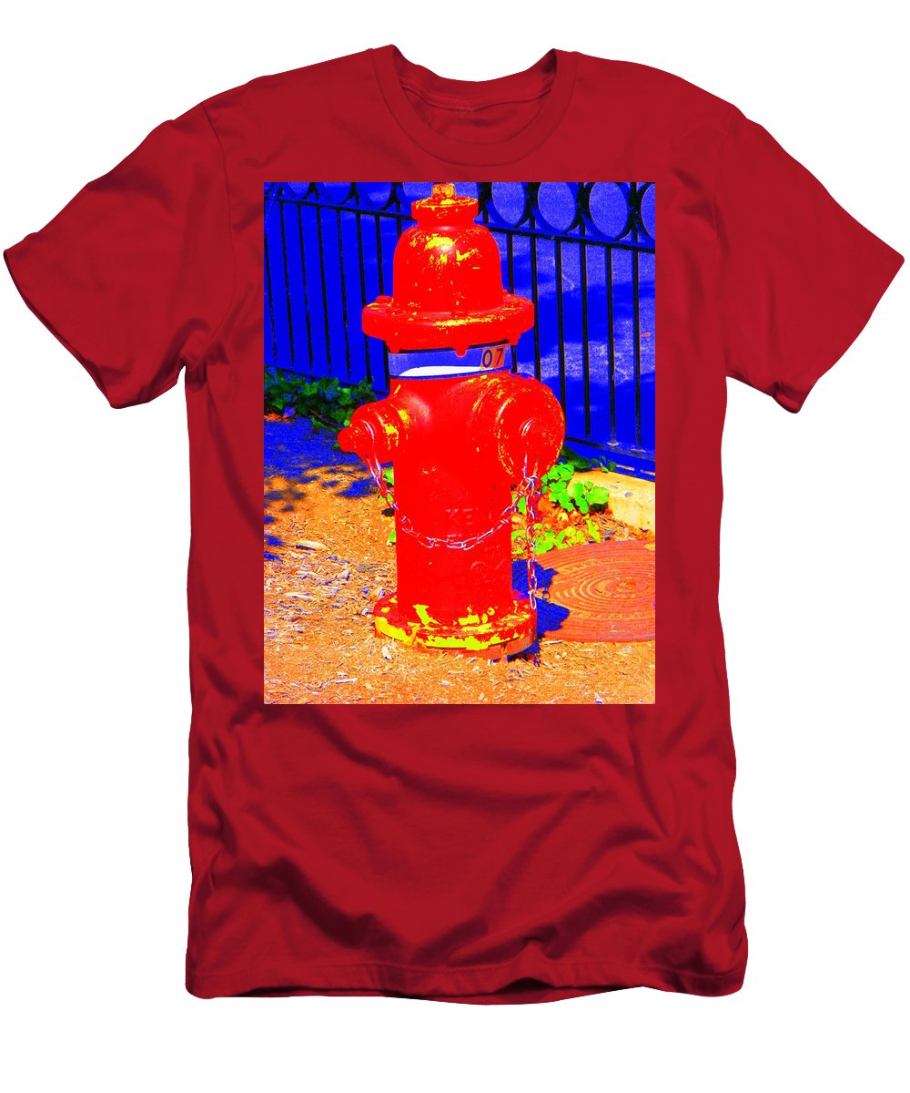 Old Men's T-Shirt (Athletic Fit) featuring the photograph Old No.7 by Ed Smith