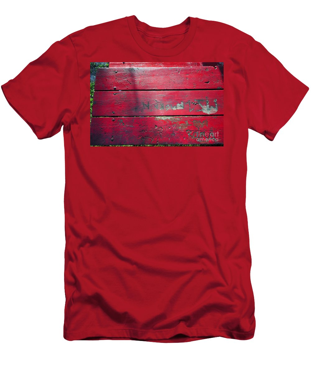 Red Table Men's T-Shirt (Athletic Fit) featuring the photograph Red Table by David Lee Thompson