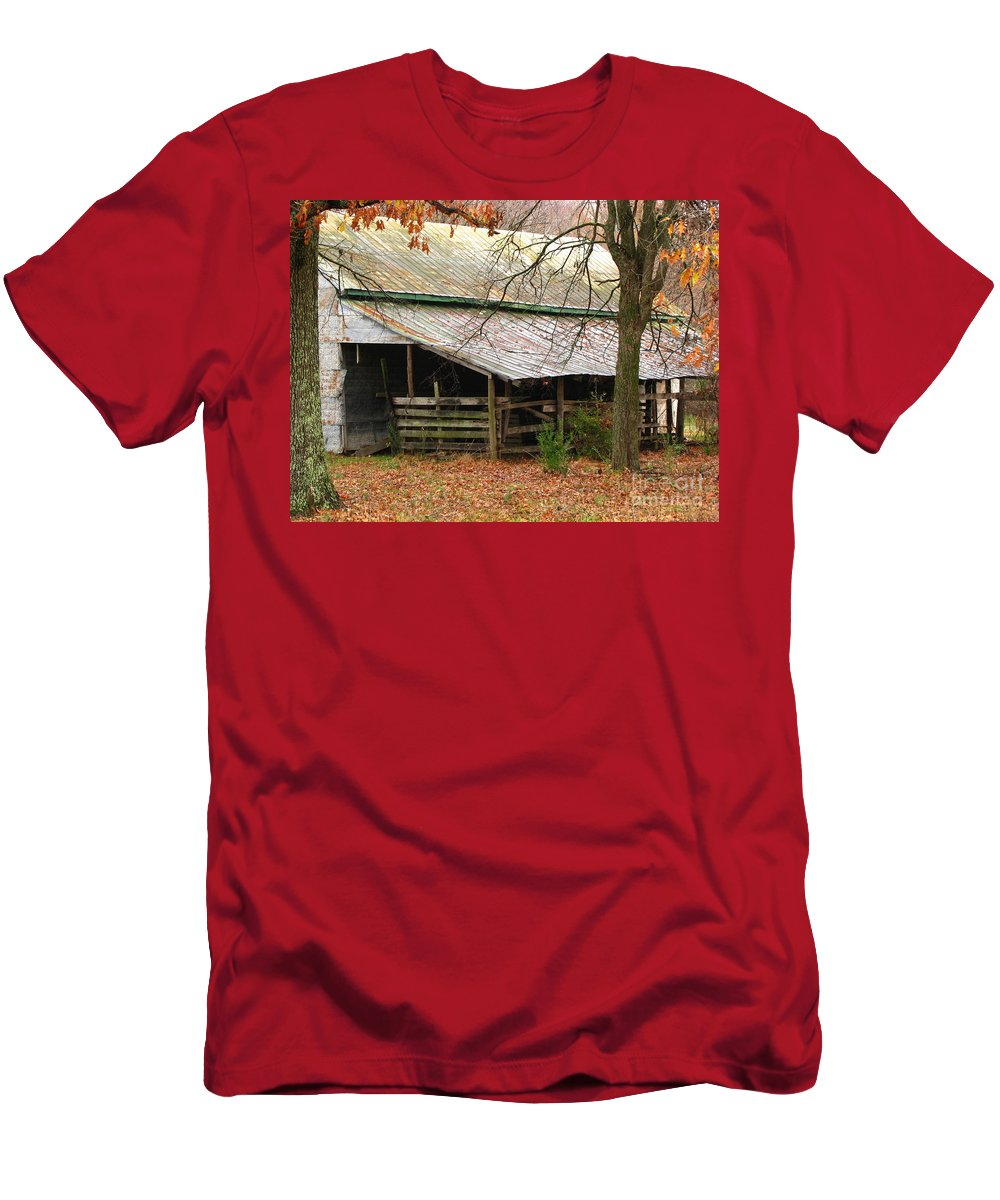 Rural Men's T-Shirt (Athletic Fit) featuring the photograph Rural by Amanda Barcon