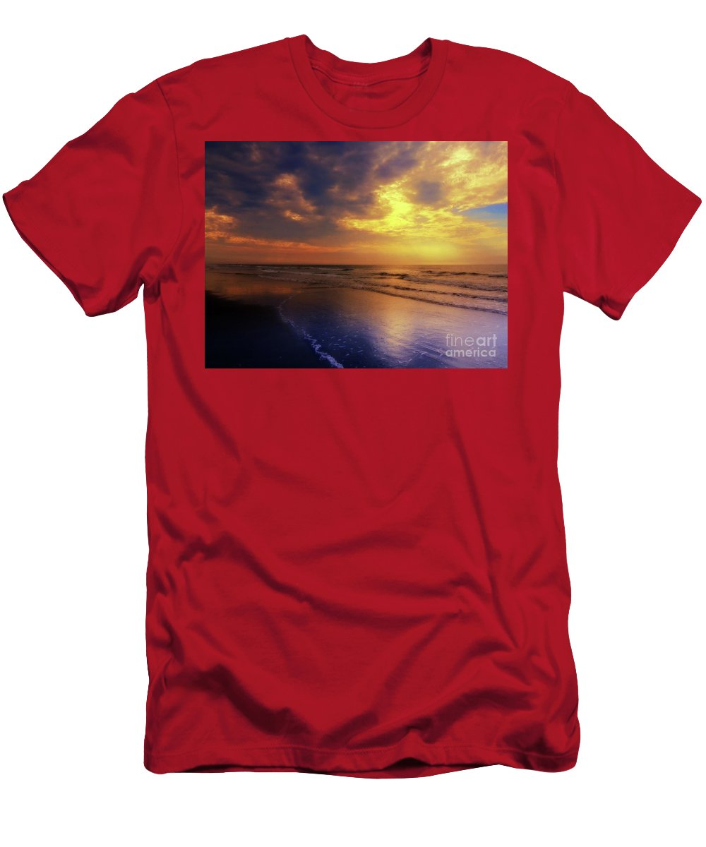 Sky Men's T-Shirt (Athletic Fit) featuring the photograph Sky Definition by Mim White