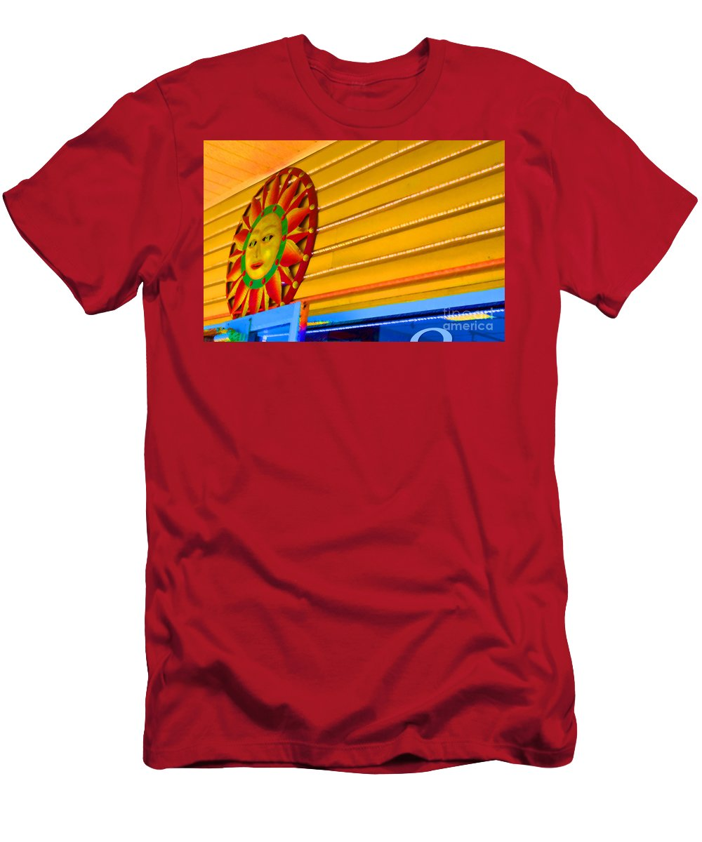 Rehoboth Men's T-Shirt (Athletic Fit) featuring the photograph Sun Shopping by Jost Houk