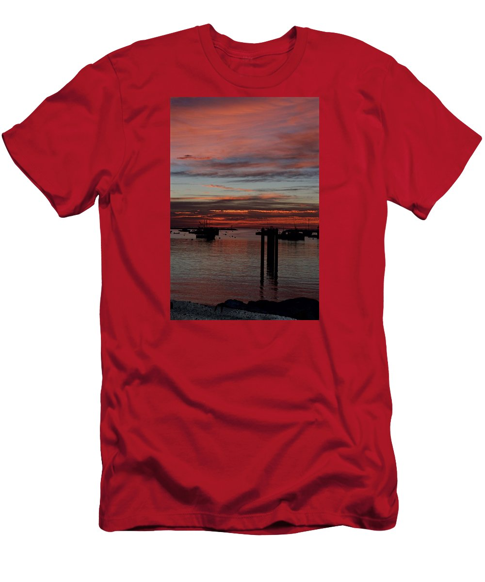 Landscape Men's T-Shirt (Athletic Fit) featuring the photograph Sunrise Rye Nh by Christine Russell