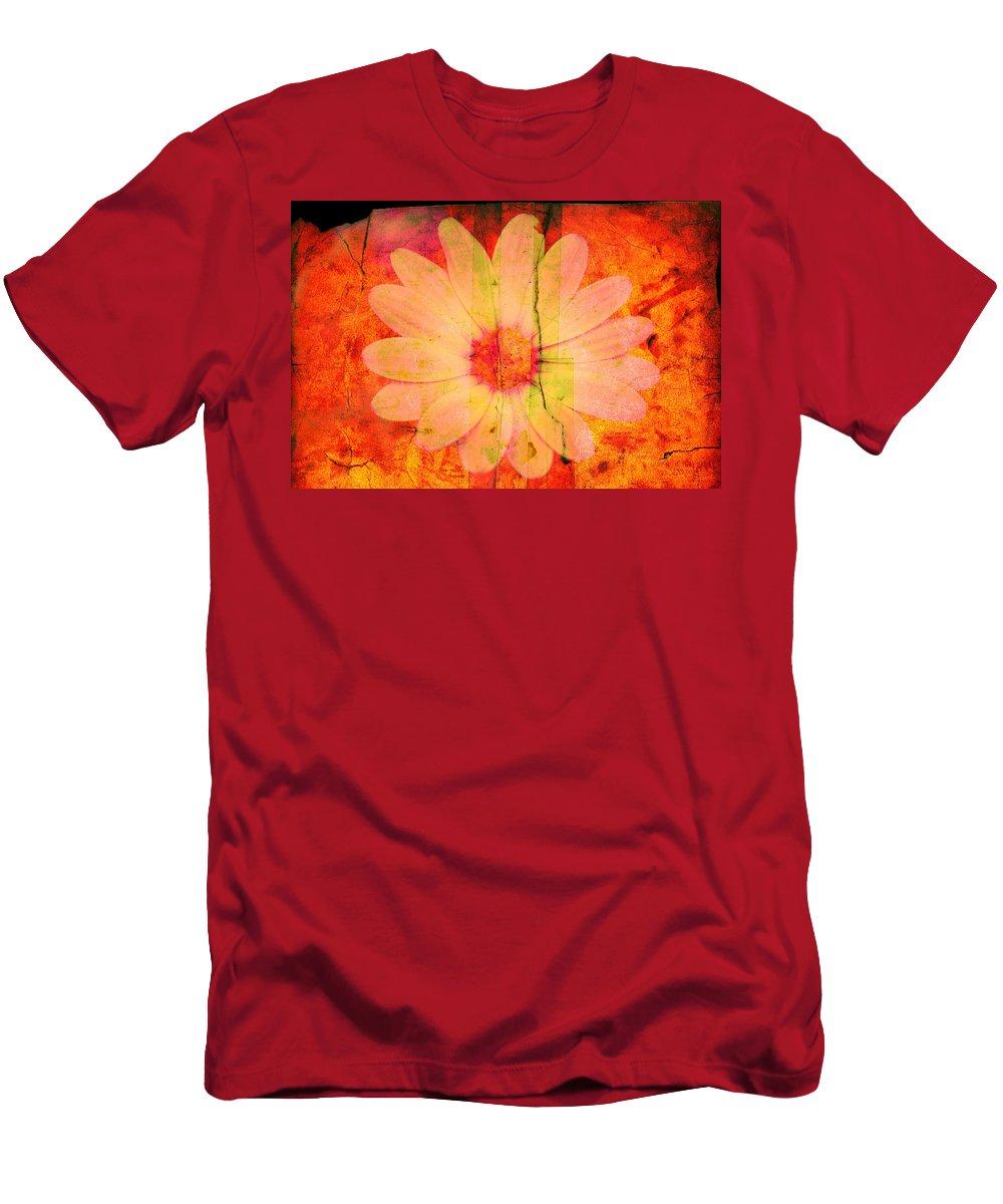 Flower Men's T-Shirt (Athletic Fit) featuring the photograph Surprise Me by Susanne Van Hulst