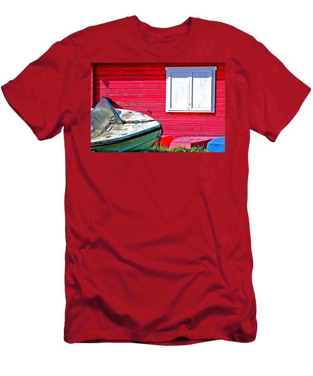 Boat Men's T-Shirt (Athletic Fit) featuring the photograph The Boathouse by Sascha Richartz