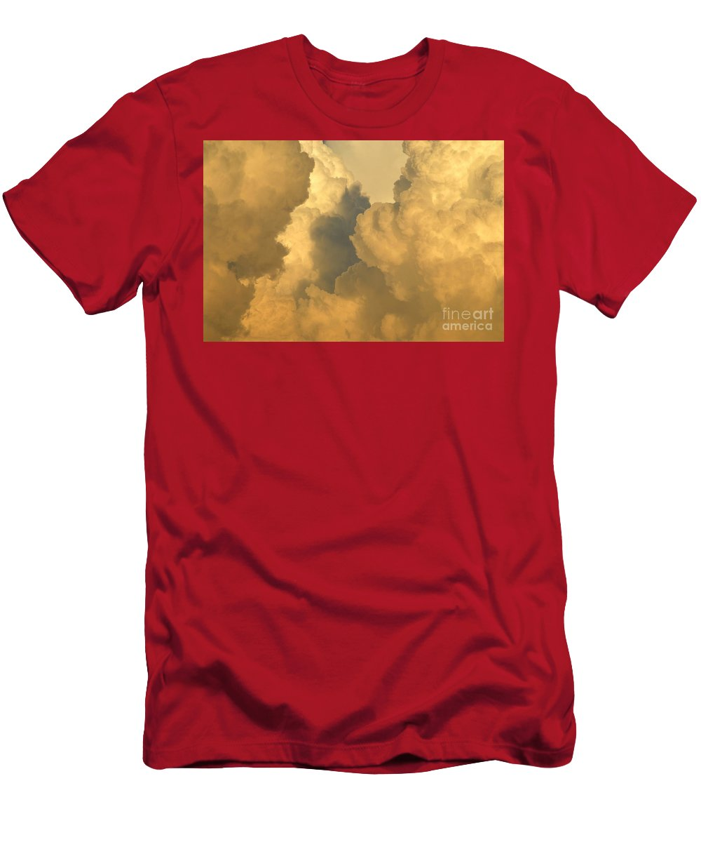 Clouds Men's T-Shirt (Athletic Fit) featuring the photograph Thunder Heads by David Lee Thompson