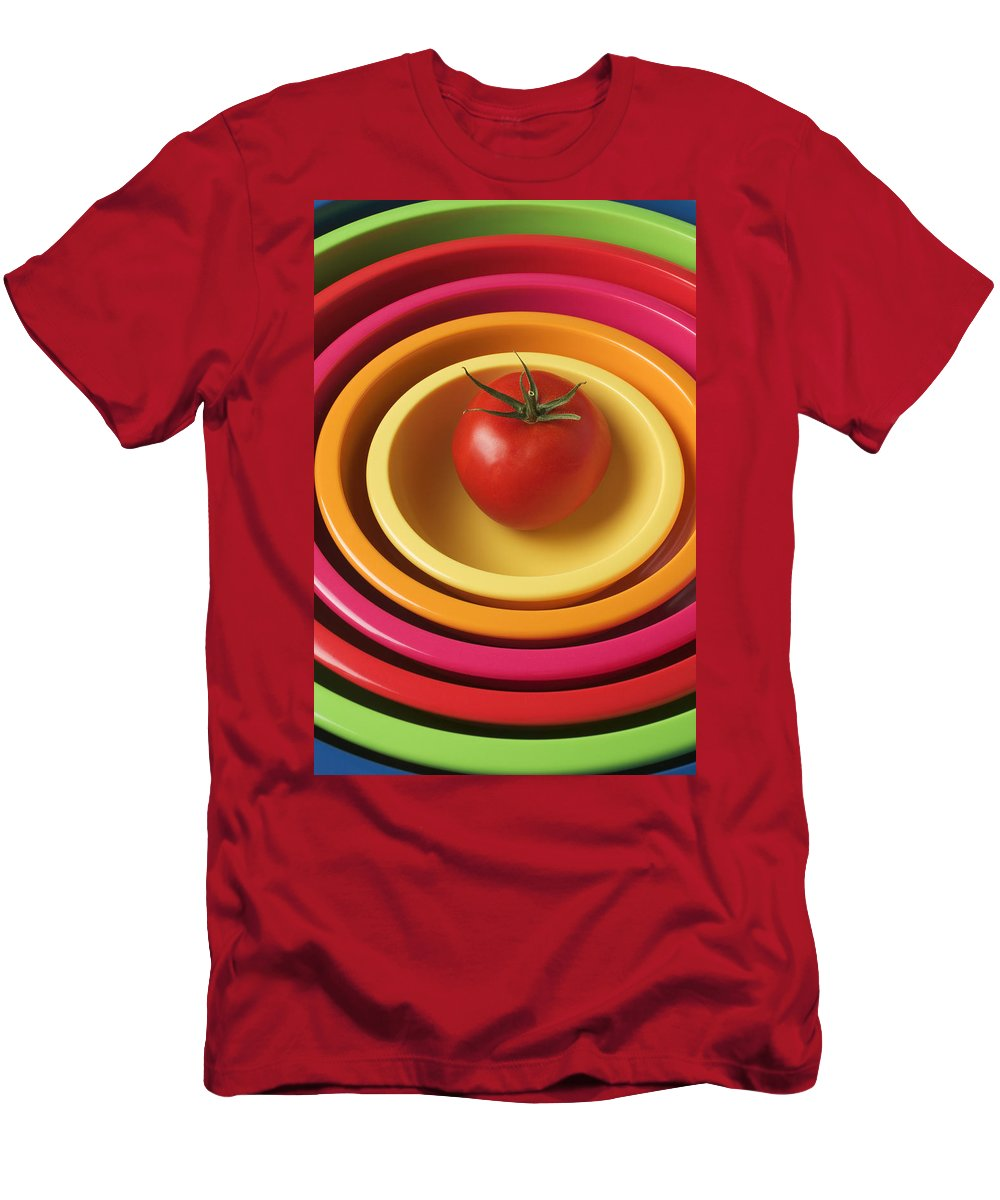 Tomato Men's T-Shirt (Athletic Fit) featuring the photograph Tomato In Mixing Bowls by Garry Gay