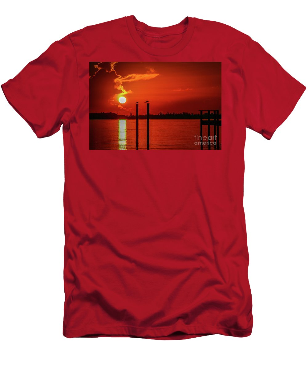 Bird Men's T-Shirt (Athletic Fit) featuring the photograph Bird On A Pole Sunrise by Tom Claud