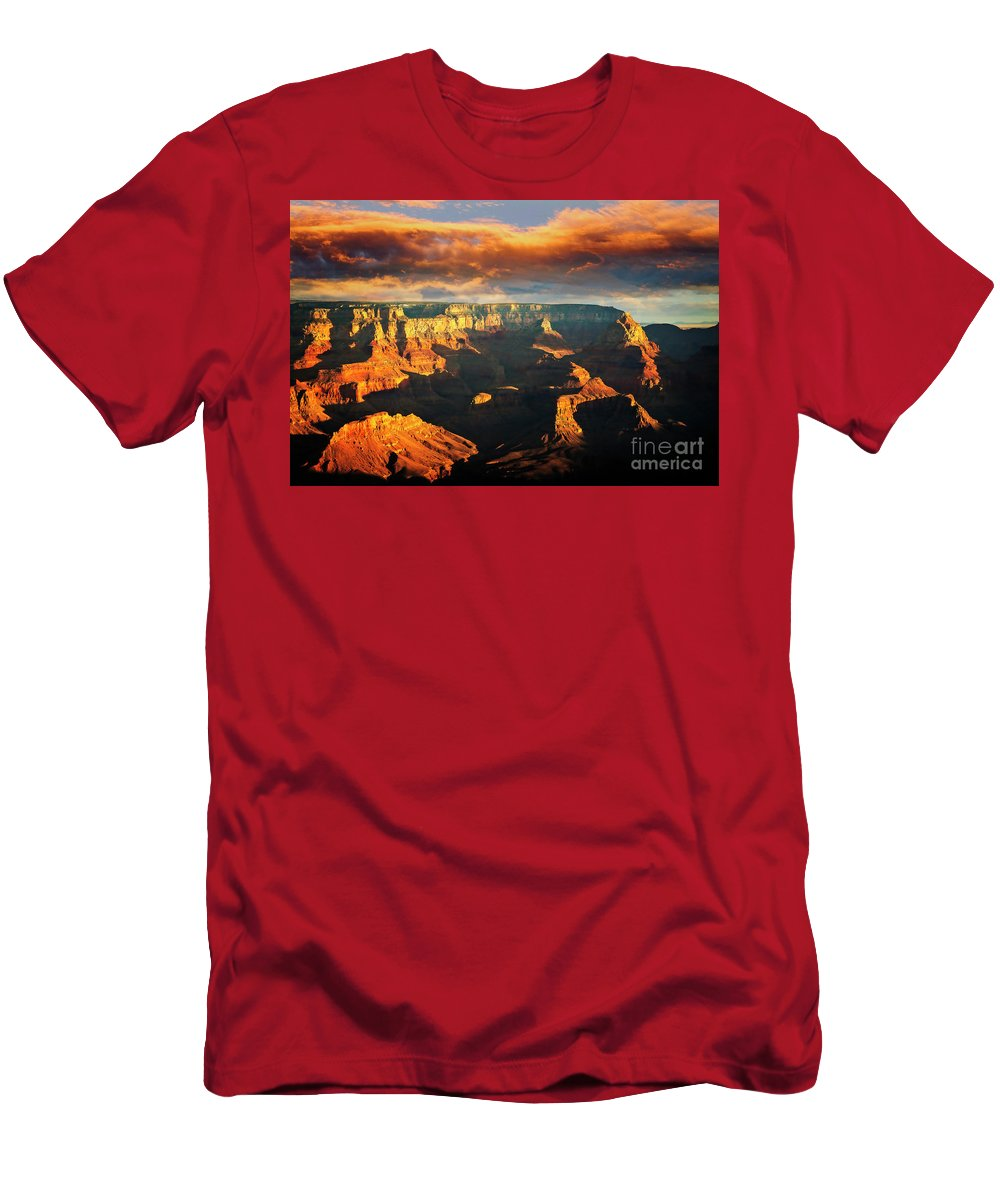 Grand Canyon; Sunrise; Landscape; Scenic; Arizona; Southwest; Scott Kemper; National Park; Travel; Destination; Tourism; Nature; Southwest Men's T-Shirt (Athletic Fit) featuring the photograph Grandview Point 3 by Scott Kemper