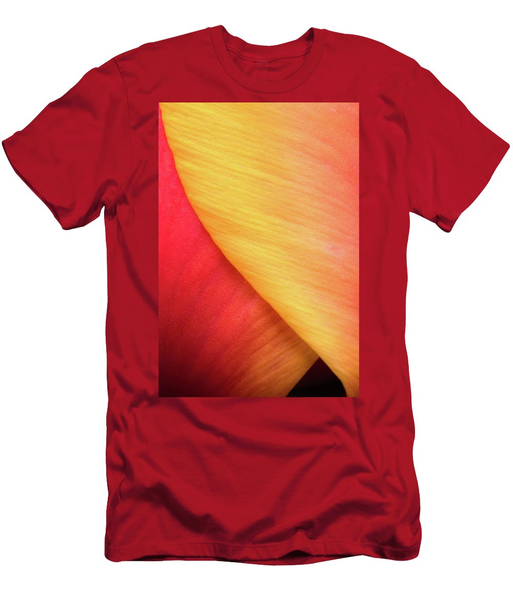 Tulip Men's T-Shirt (Athletic Fit) featuring the photograph Pastel Curve by Michael Hubley