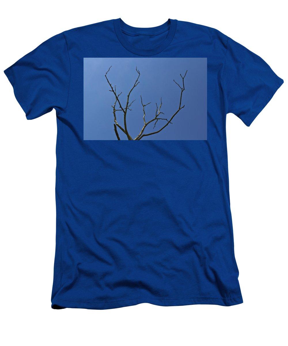Lightening Men's T-Shirt (Athletic Fit) featuring the photograph The Lightning Tree by David Pyatt