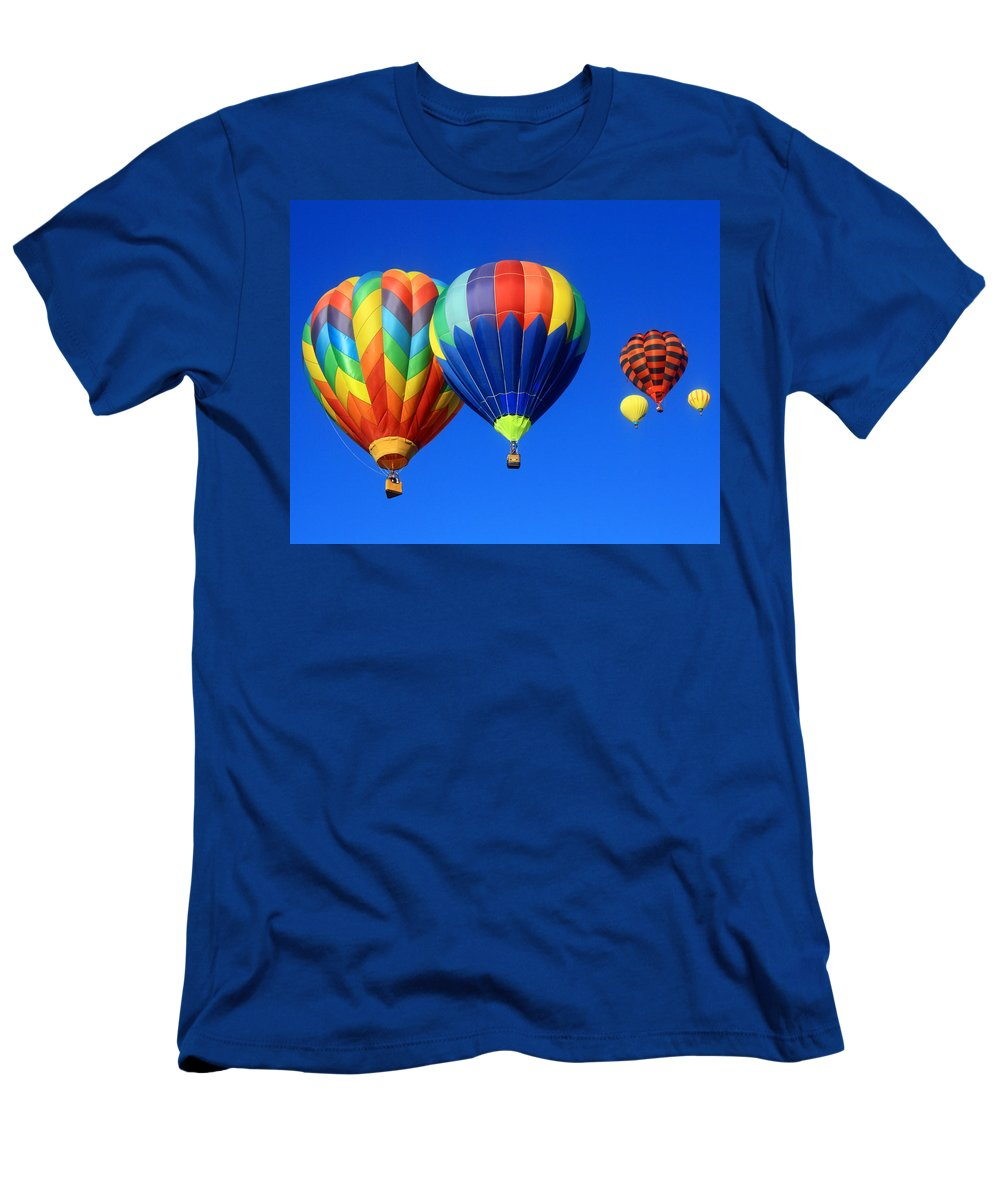 Hot Air Balloon Men's T-Shirt (Athletic Fit) featuring the photograph Too Close by David Sanchez