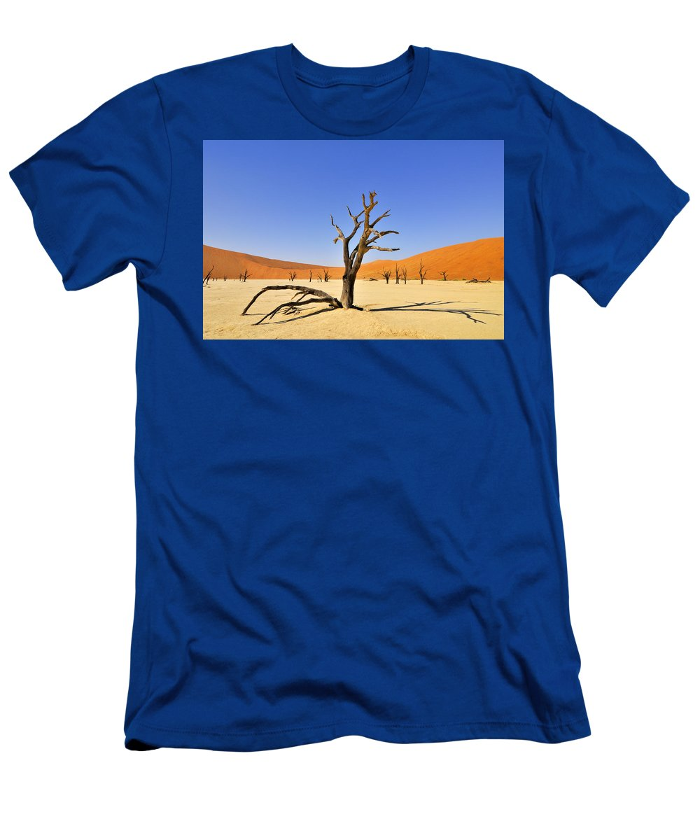 Deadvlei Men's T-Shirt (Athletic Fit) featuring the photograph 120118p018 by Arterra Picture Library