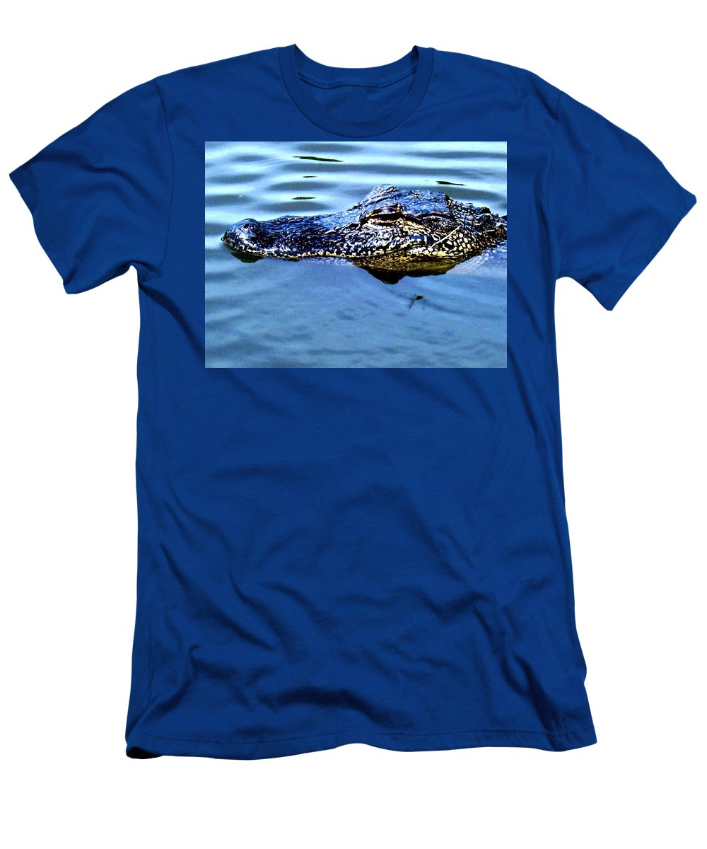 Wildlife Men's T-Shirt (Athletic Fit) featuring the photograph Alligator With Spider by Robin Lewis