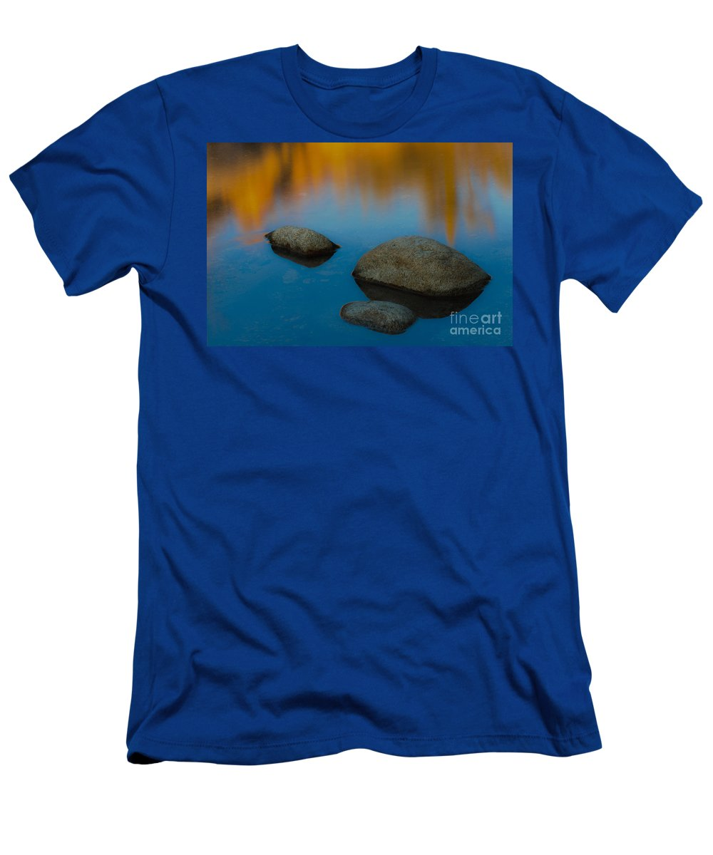Nature Men's T-Shirt (Athletic Fit) featuring the photograph Arizona Reflection by John Shaw