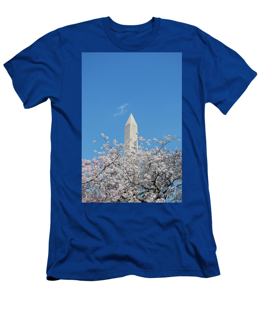 Washington Monument Men's T-Shirt (Athletic Fit) featuring the photograph Blue Skies With Washington Monument by DejaVu Designs