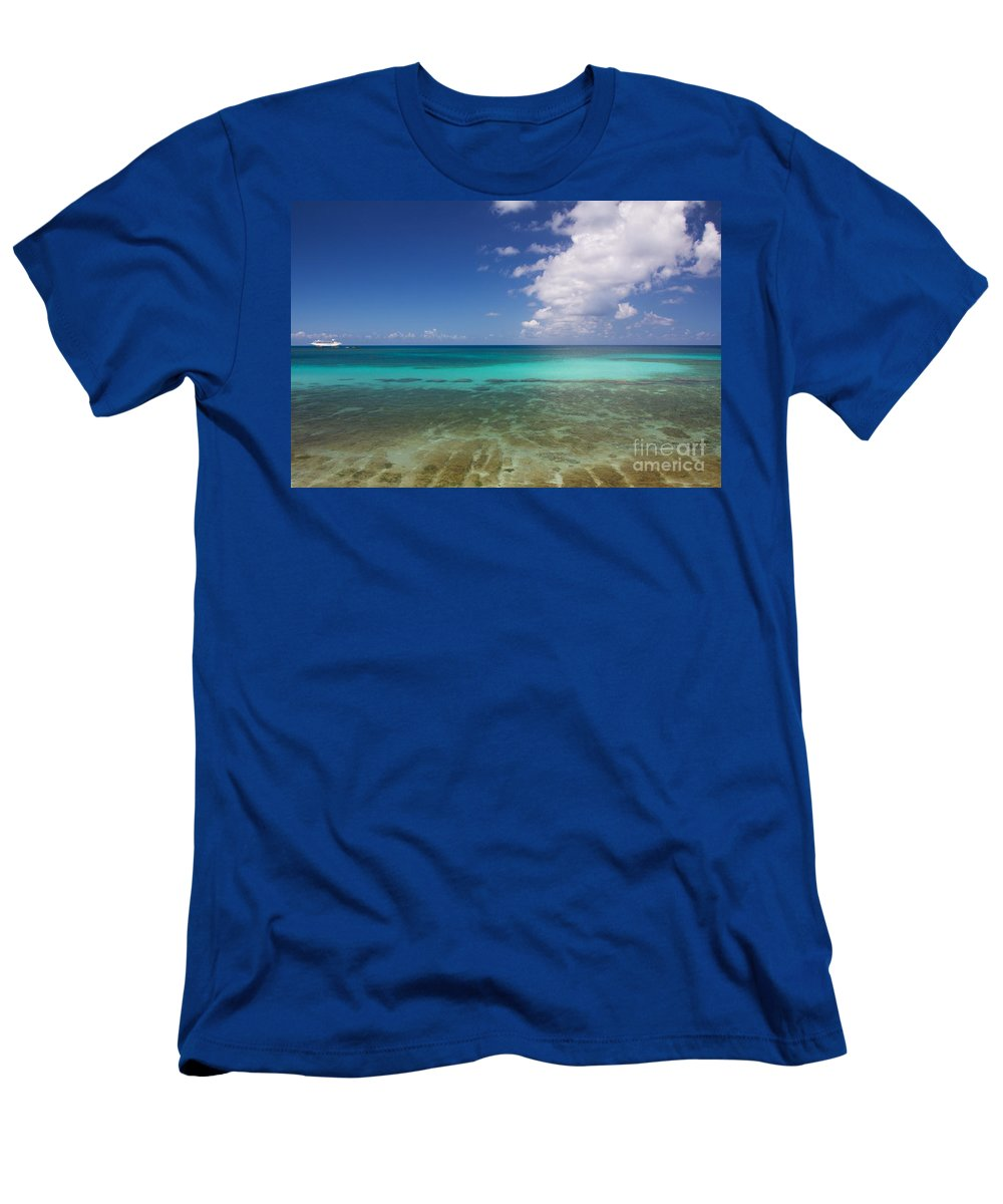 Bahamas Men's T-Shirt (Athletic Fit) featuring the photograph Caribbean Ocean Panorama by Jannis Werner