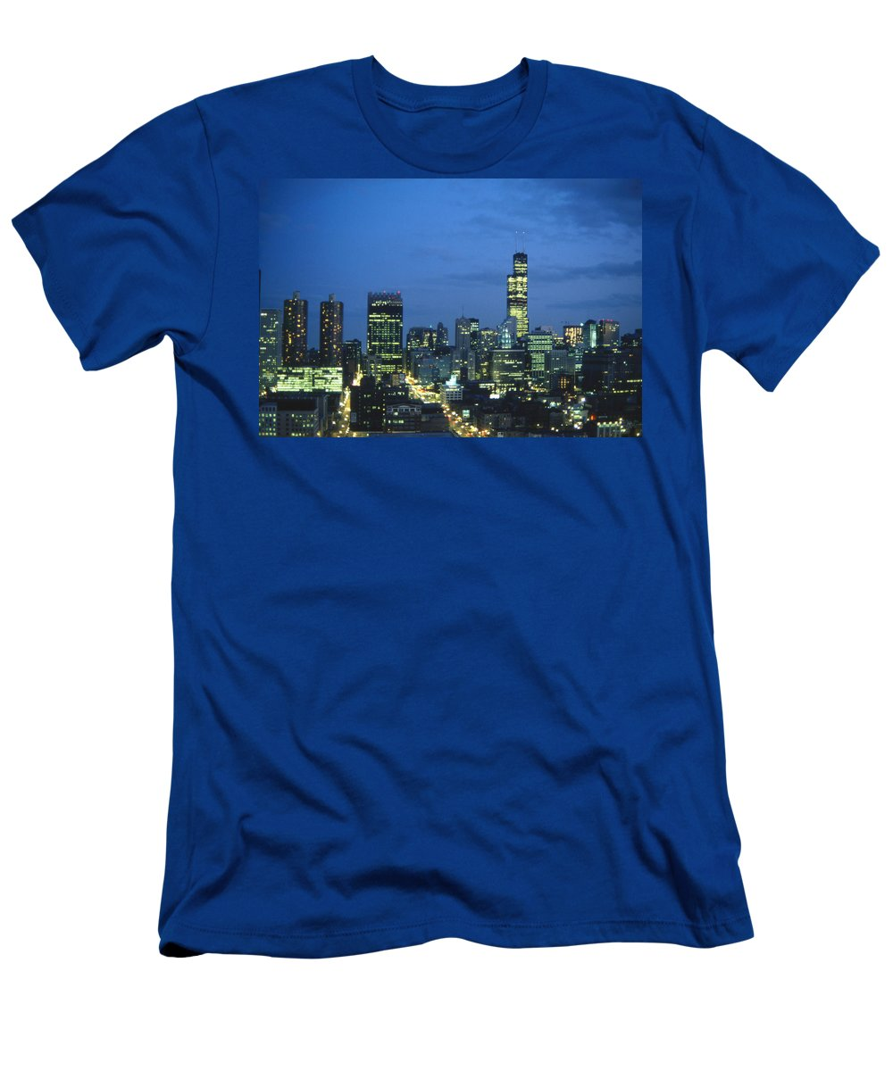 Chicago Men's T-Shirt (Athletic Fit) featuring the photograph Chicago Skyline May 1983 Twilight by Lee Newell