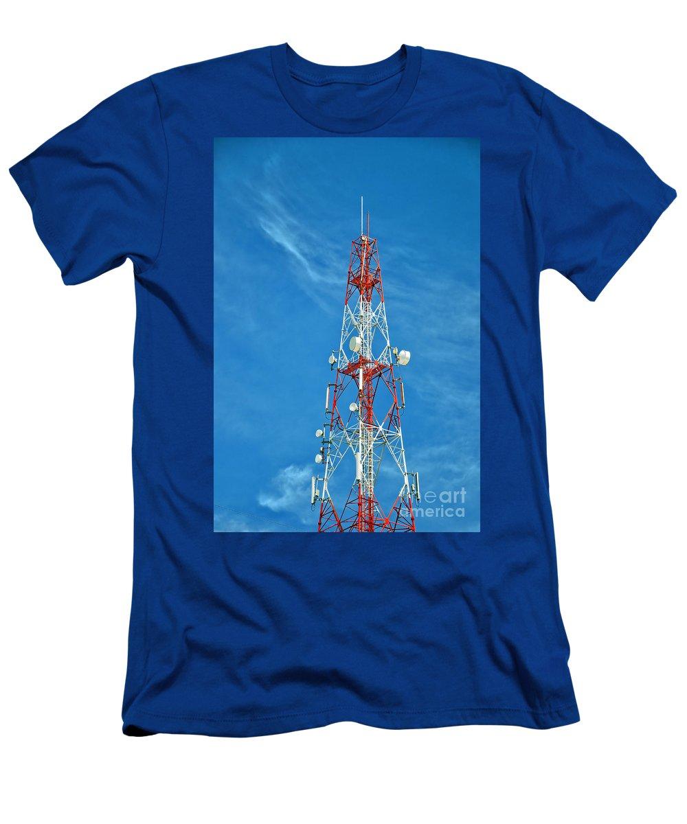 Hua Hin Men's T-Shirt (Athletic Fit) featuring the photograph Communications Mast Hua Hin by Antony McAulay