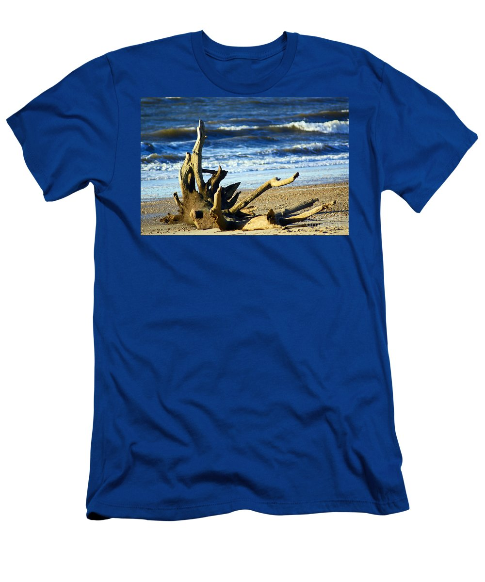 Wood Men's T-Shirt (Athletic Fit) featuring the photograph Drifted by Joe Geraci