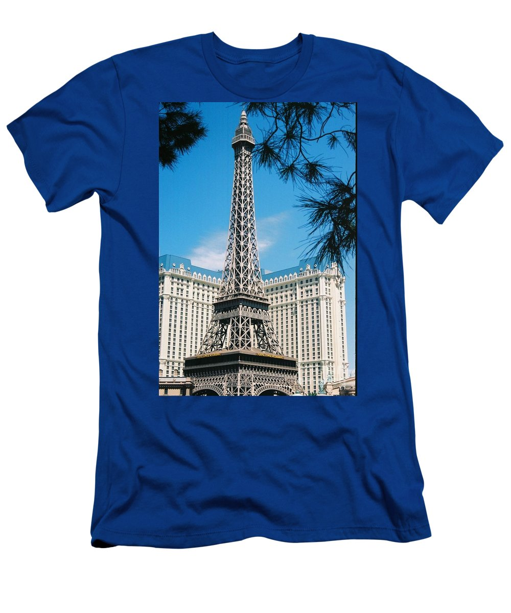 Eiffl Tower Men's T-Shirt (Athletic Fit) featuring the photograph Eiffl Tower Vegas by Eric Schiabor