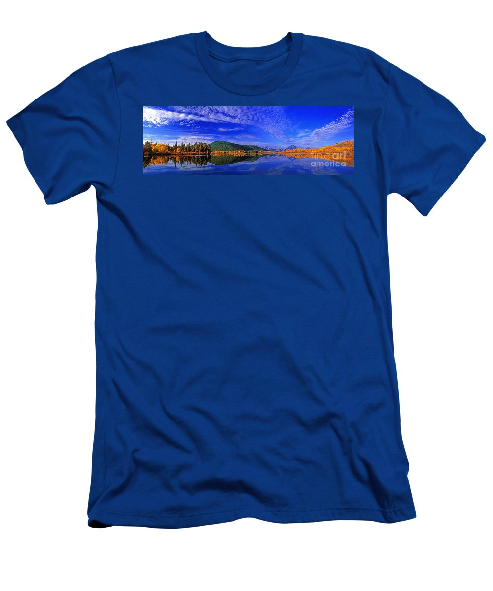 North America Men's T-Shirt (Athletic Fit) featuring the photograph Fall Color Oxbow Bend Grand Tetons National Park Wyoming by Dave Welling