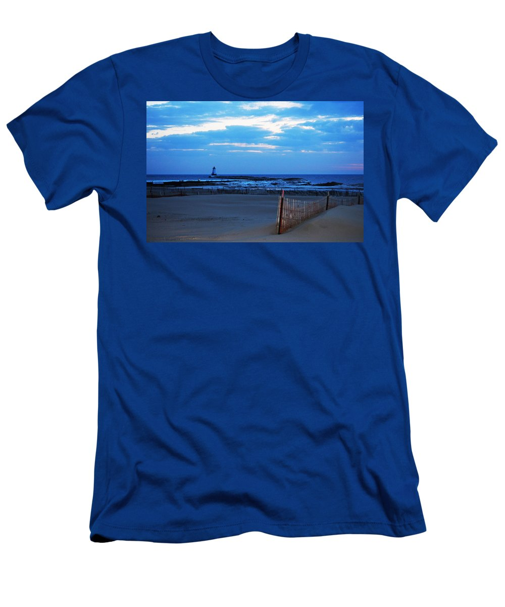 Lake Michigan Men's T-Shirt (Athletic Fit) featuring the photograph Lighthouse And Beach by Linda Kerkau