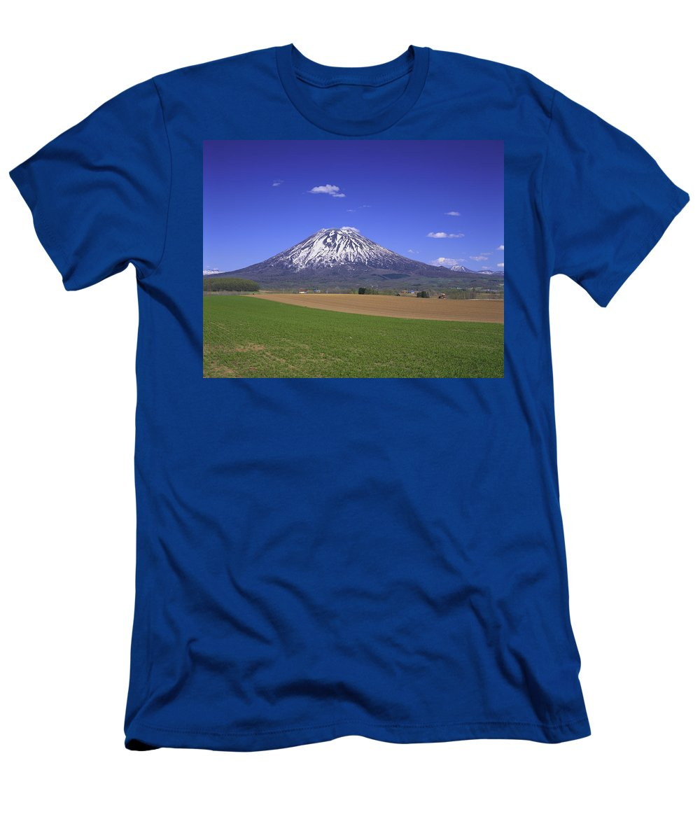 Feb0514 Men's T-Shirt (Athletic Fit) featuring the photograph Mount Yotei Volcano Hokkaido by Masami Goto