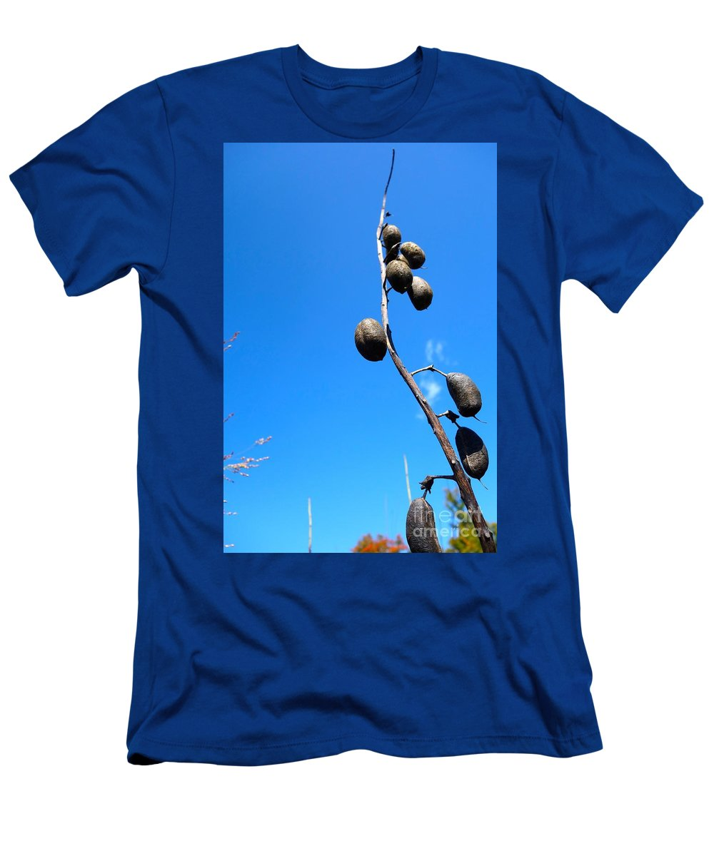 Flowing Men's T-Shirt (Athletic Fit) featuring the photograph On The Prairie #11 by Jacqueline Athmann
