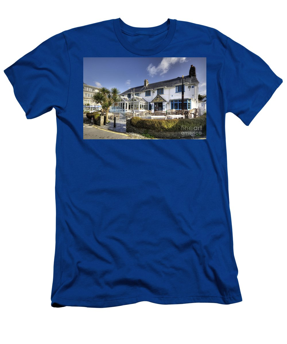 Rising Men's T-Shirt (Athletic Fit) featuring the photograph Rising Sun At St Mawes by Rob Hawkins