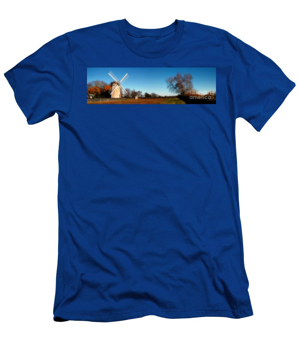 Jamestown Men's T-Shirt (Athletic Fit) featuring the photograph The Jamestown Windmill by Mike Nellums