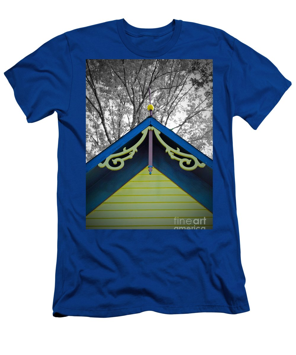 Victorian Men's T-Shirt (Athletic Fit) featuring the photograph The Peak by Jost Houk