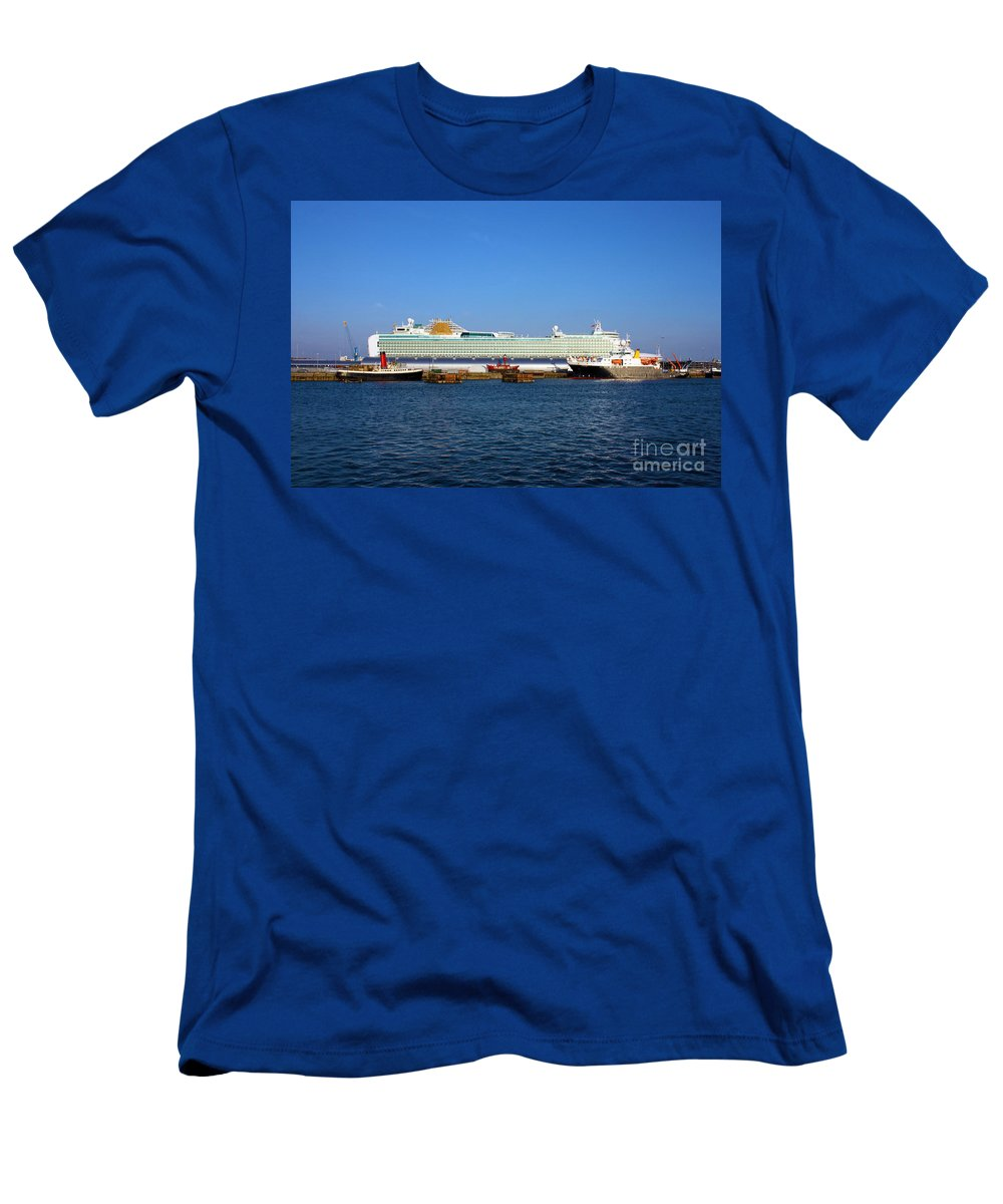 Southampton Men's T-Shirt (Athletic Fit) featuring the photograph Ventura Sheildhall Calshot Spit And A Tug by Terri Waters