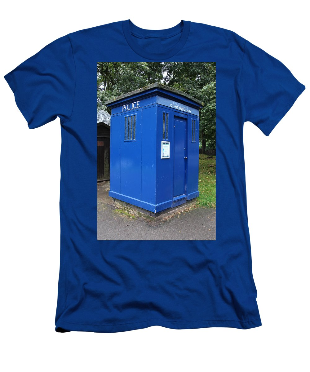 Blue Box Men's T-Shirt (Athletic Fit) featuring the photograph Vintage British Blue Police Phone Box by Tom Conway
