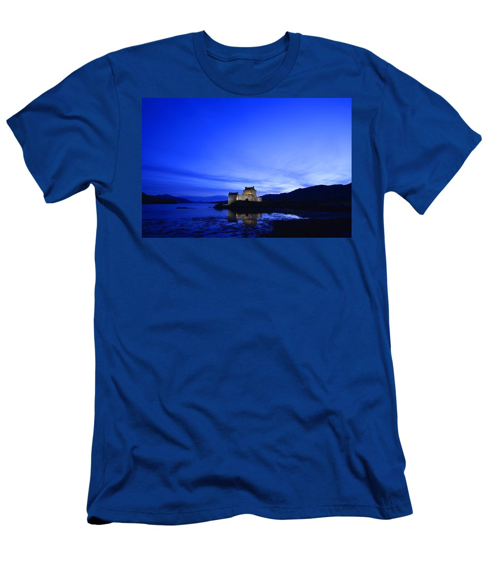 Horizontal Men's T-Shirt (Athletic Fit) featuring the photograph Castle In Scotland by Don Hammond