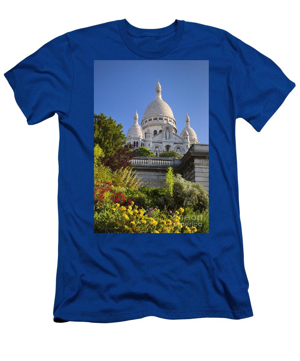 Architectural Men's T-Shirt (Athletic Fit) featuring the photograph Basilique Du Sacre Coeur by Brian Jannsen