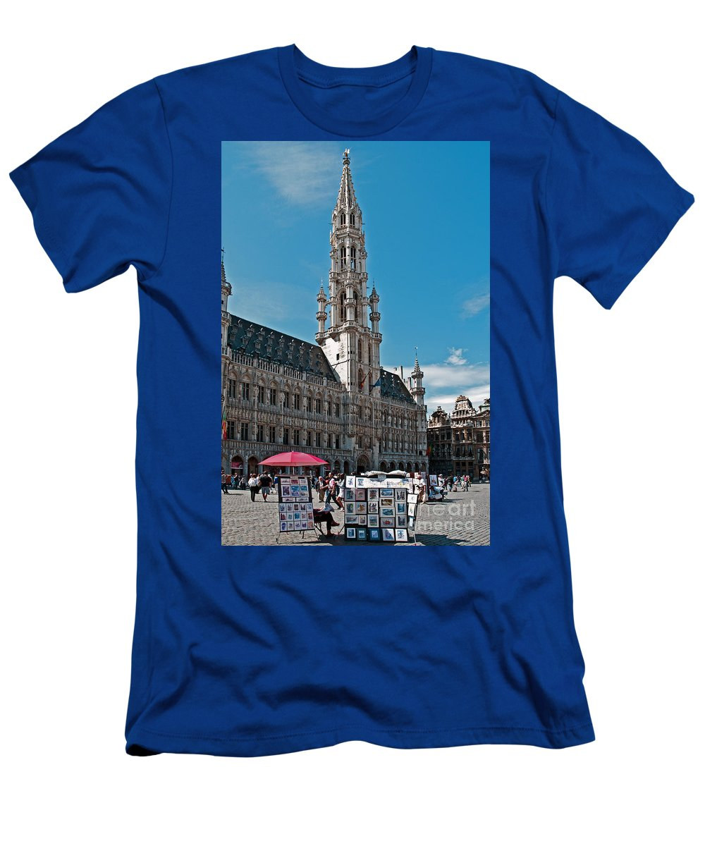 Municipality Men's T-Shirt (Athletic Fit) featuring the photograph Art Reflecting Art In Brussels by Jim Chamberlain
