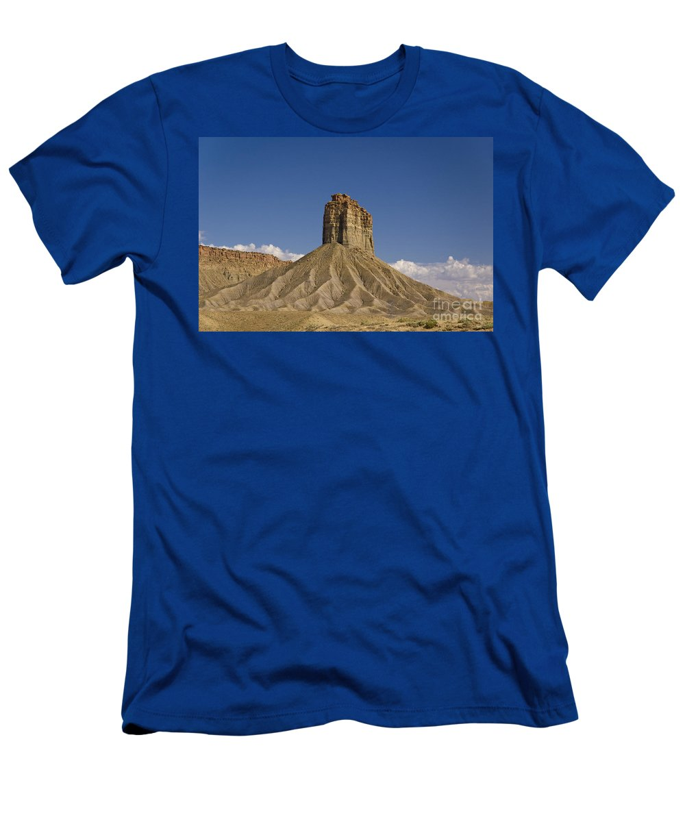 Mesa Men's T-Shirt (Athletic Fit) featuring the photograph Mesa Spire by Tim Mulina