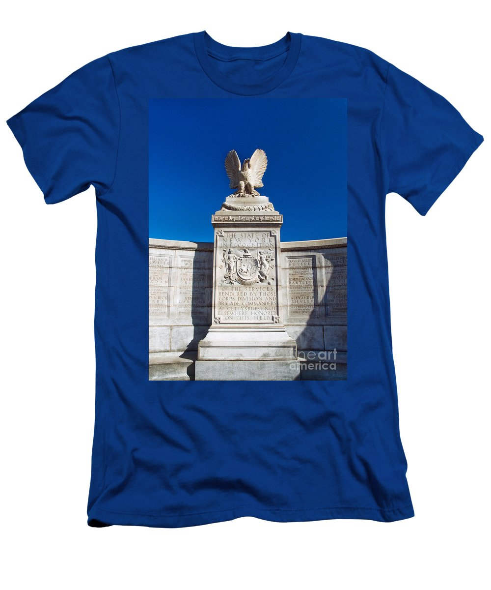 Gettysburg Men's T-Shirt (Athletic Fit) featuring the photograph New York Monument by Paul W Faust - Impressions of Light
