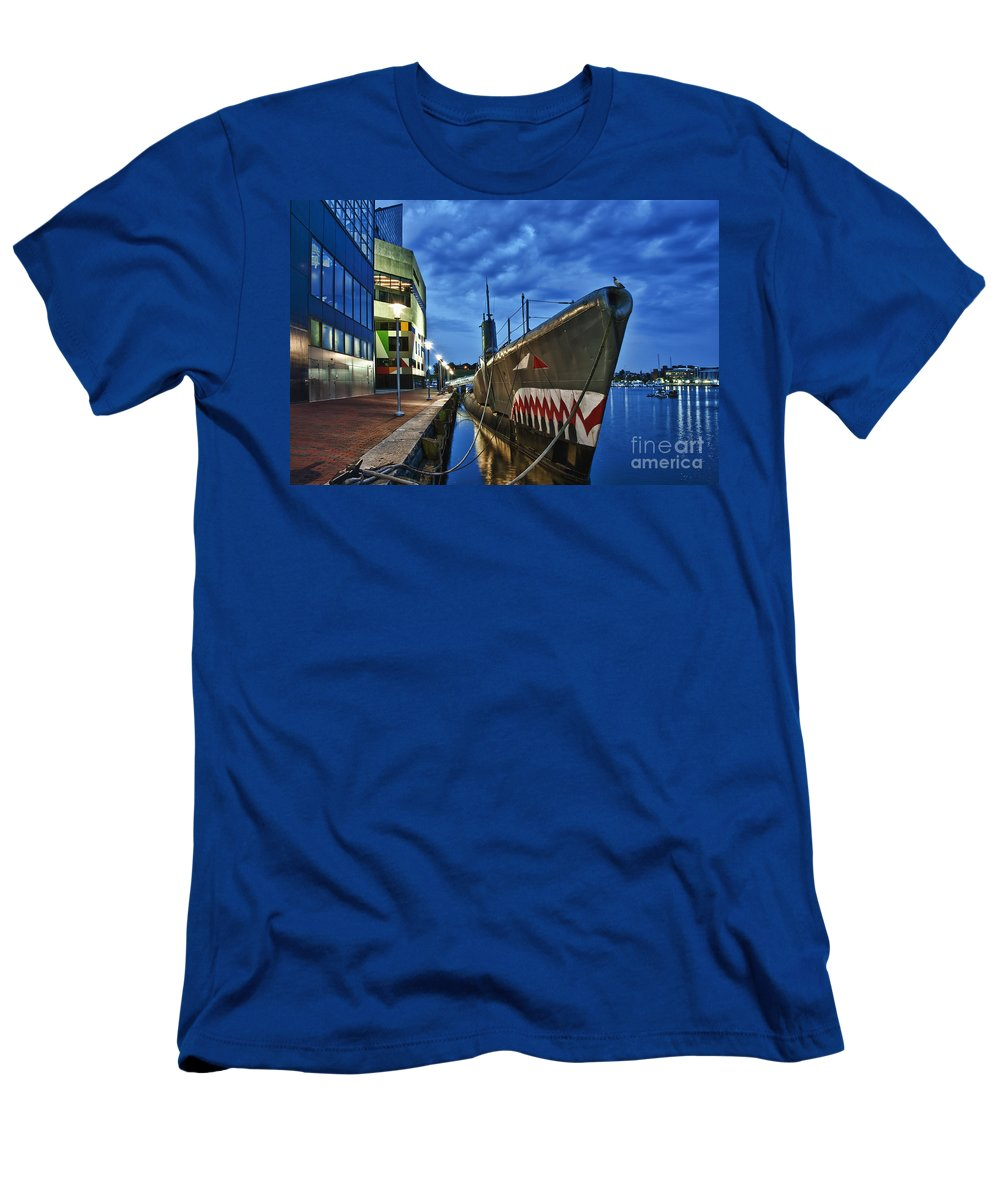 Baltimore Men's T-Shirt (Athletic Fit) featuring the photograph Uss Torsk Submarine Memorial by John Greim