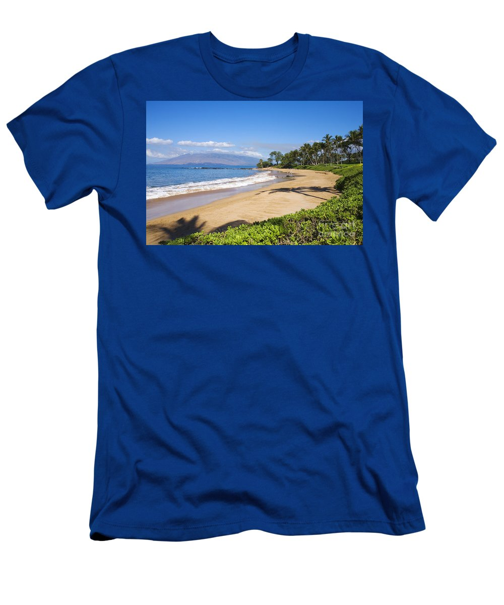 Beach Men's T-Shirt (Athletic Fit) featuring the photograph Wailea Ulua Beach by Ron Dahlquist - Printscapes