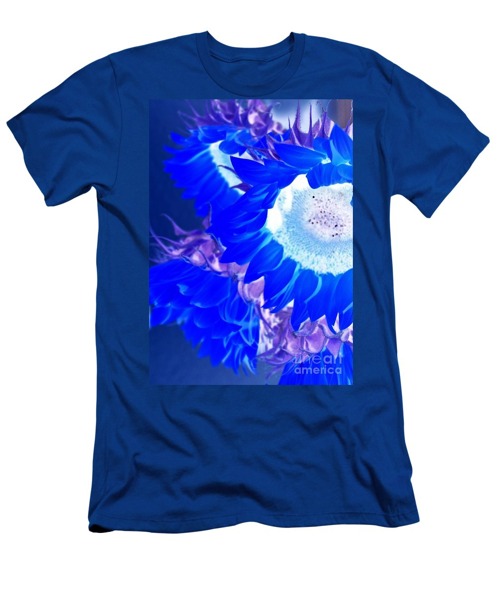 Flower Men's T-Shirt (Athletic Fit) featuring the photograph Alternate Reality Sunflower by Mesa Teresita