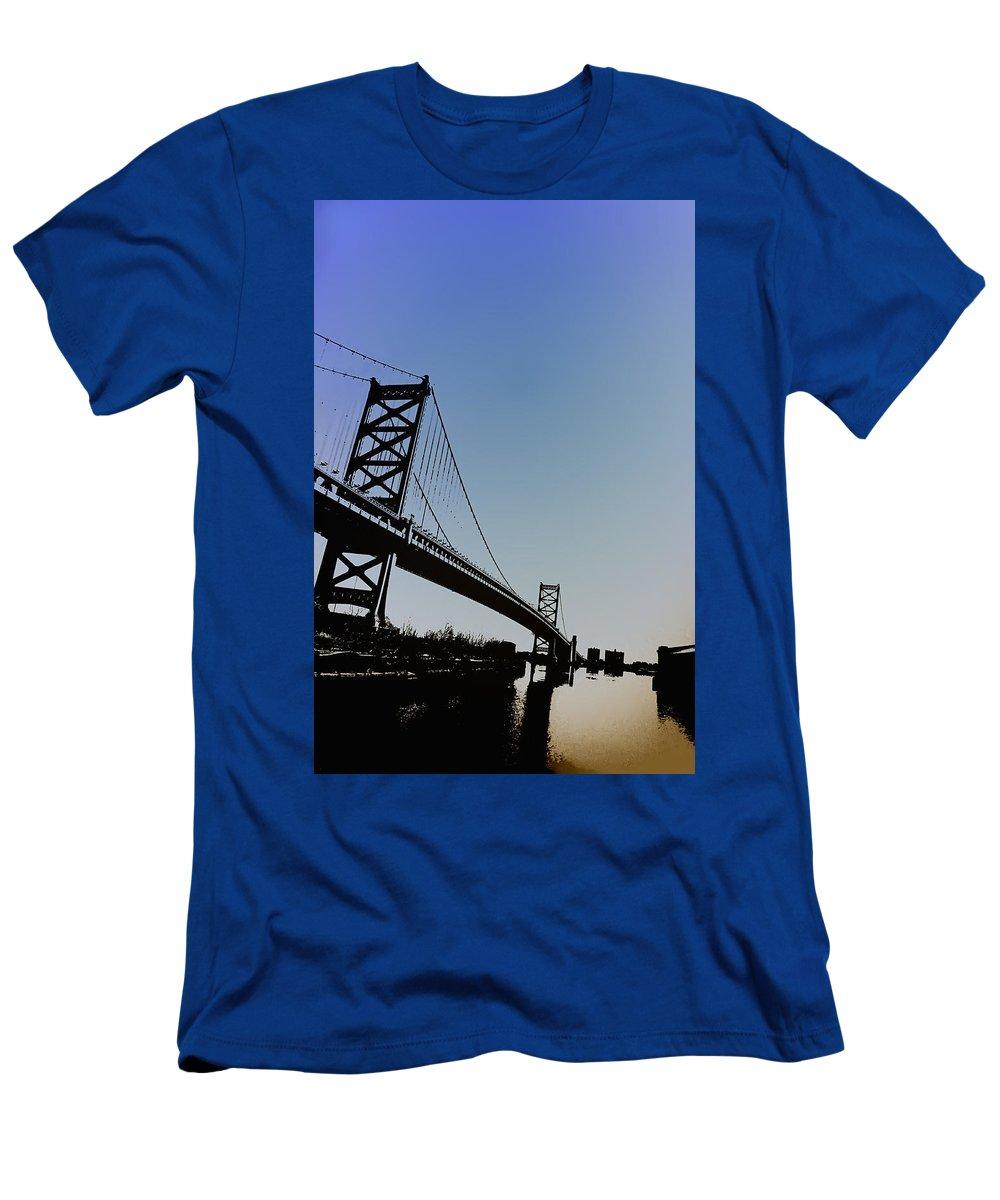 Philadelphia Men's T-Shirt (Athletic Fit) featuring the photograph Ben Franklin Bridge by Bill Cannon