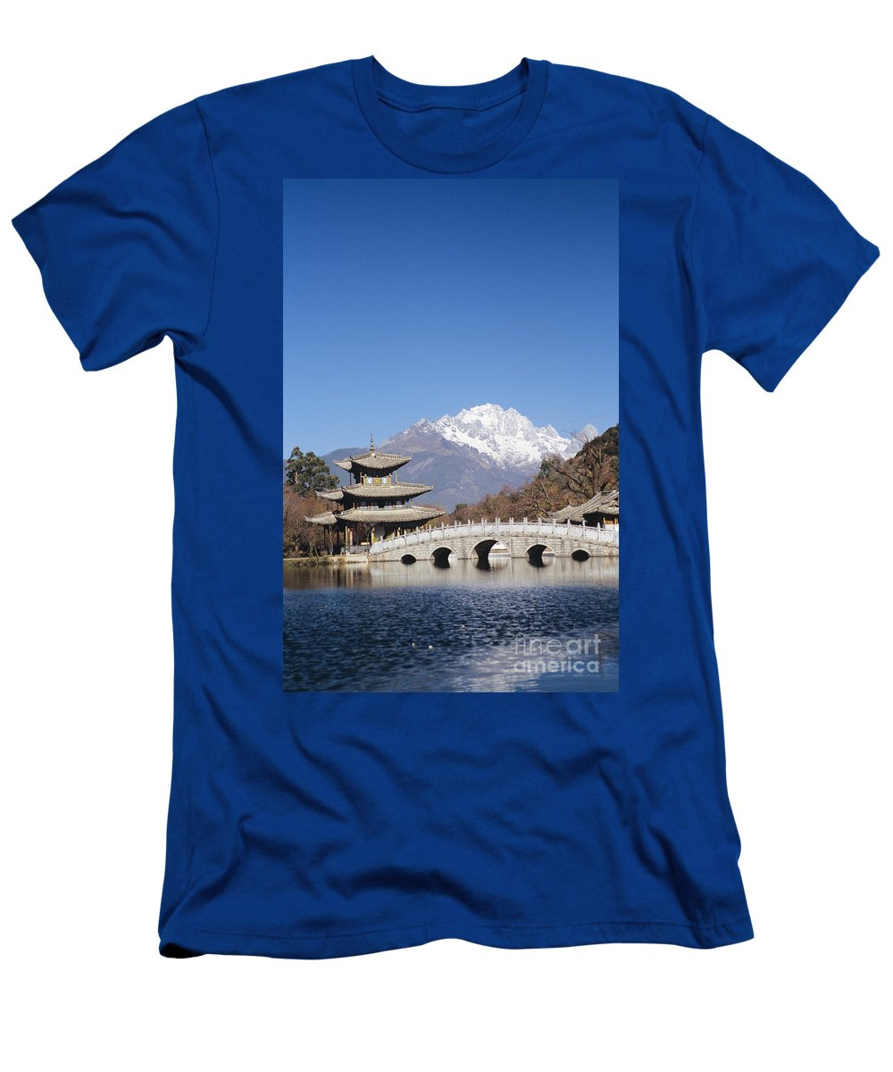 Architecture Men's T-Shirt (Athletic Fit) featuring the photograph Black Dragon Pool Park by Gloria & Richard Maschmeyer - Printscapes