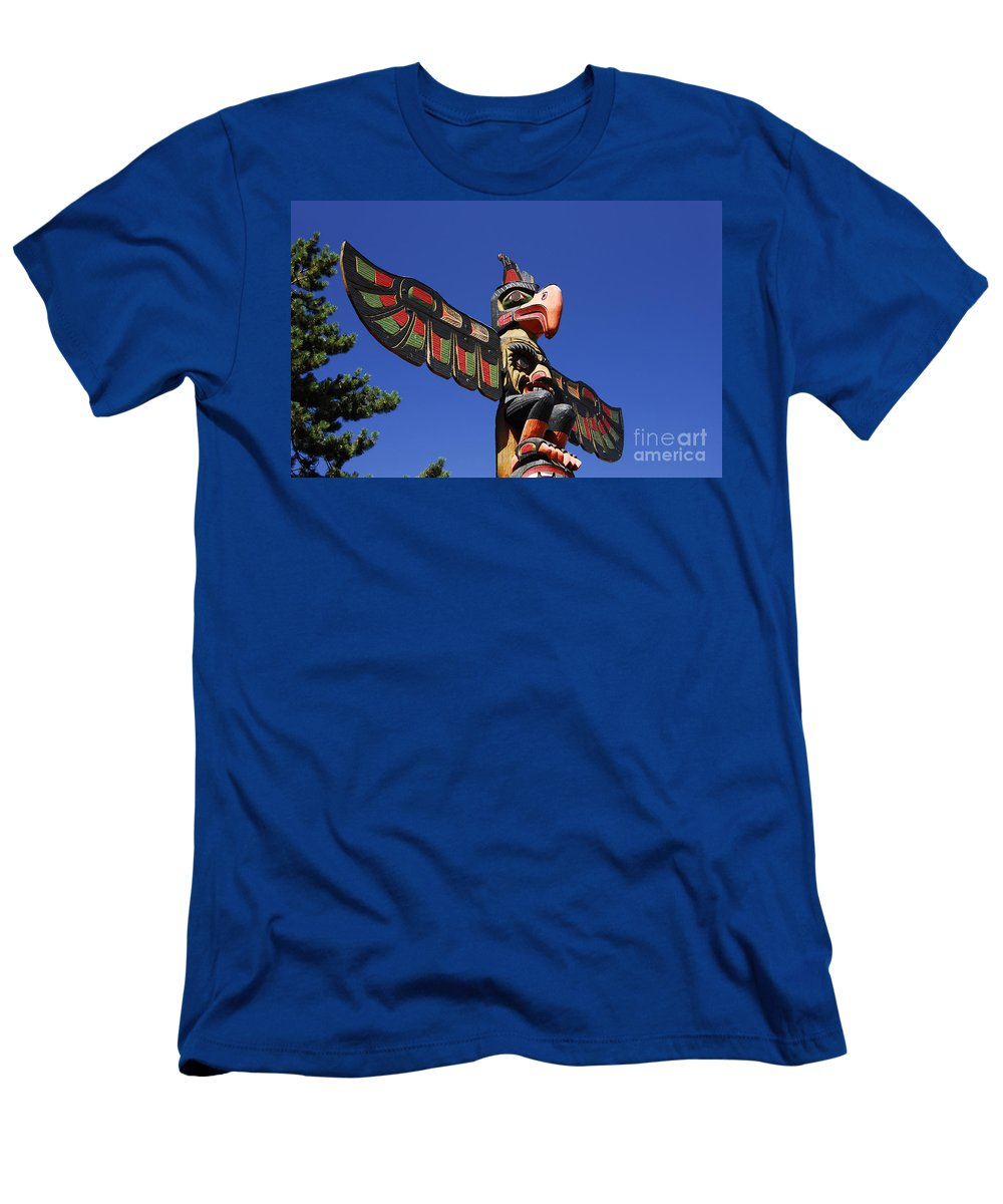 Totem Pole Men's T-Shirt (Athletic Fit) featuring the photograph Blue Sky Totem by David Lee Thompson