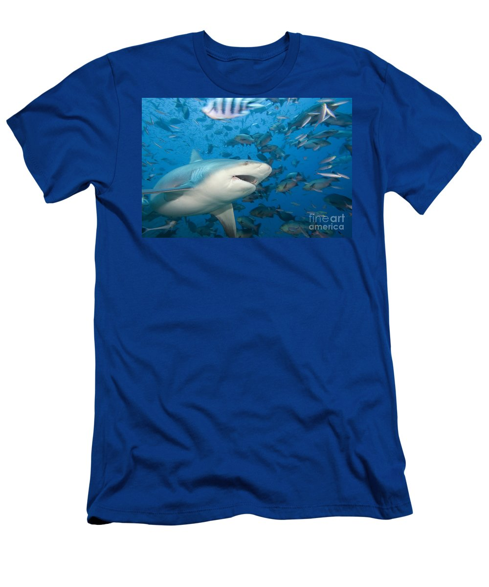 Active Men's T-Shirt (Athletic Fit) featuring the photograph Bull Shark by Dave Fleetham - Printscapes