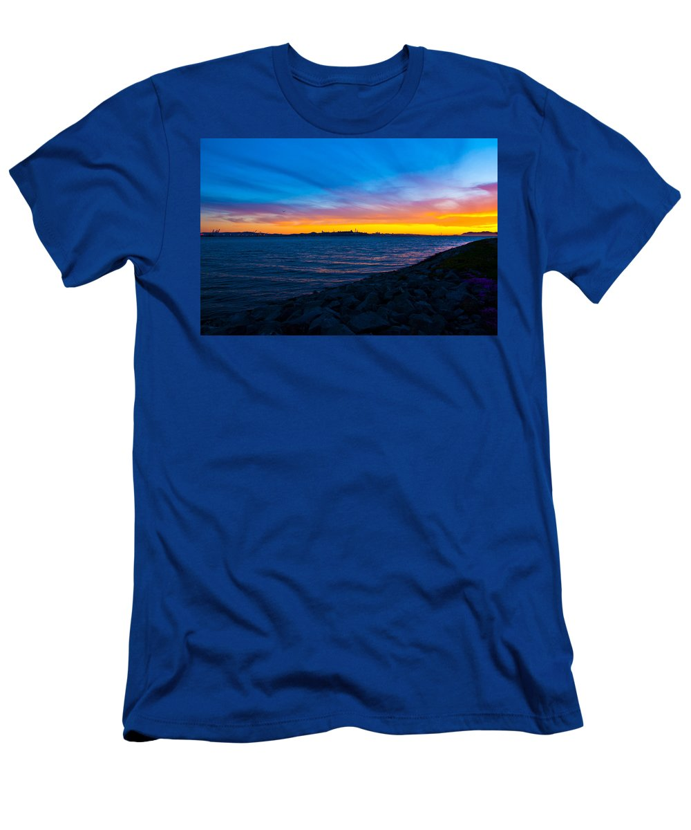 Sunset Men's T-Shirt (Athletic Fit) featuring the photograph Burn Across The Bay by De'Onna Jack