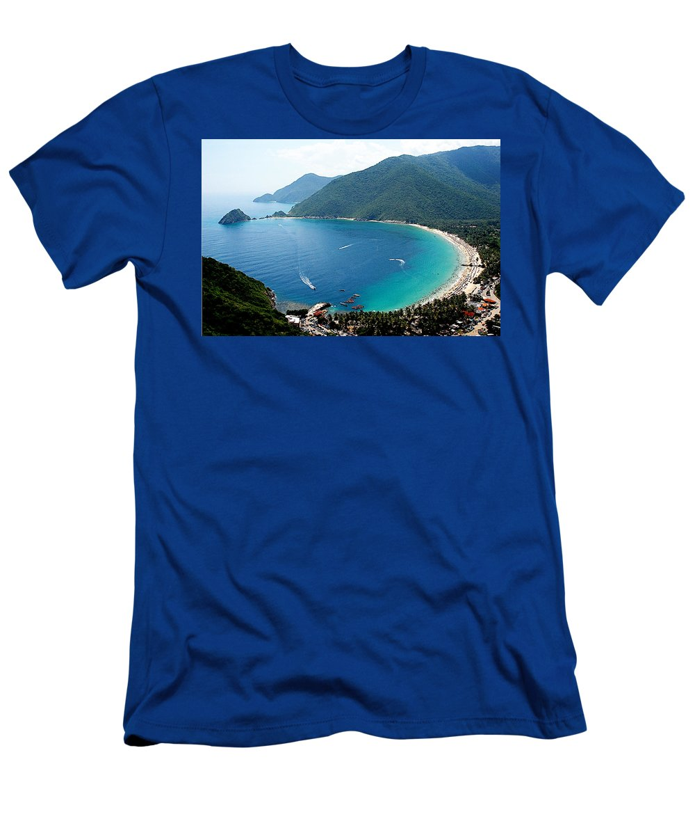 Bay Men's T-Shirt (Athletic Fit) featuring the photograph Cata Bay by Galeria Trompiz
