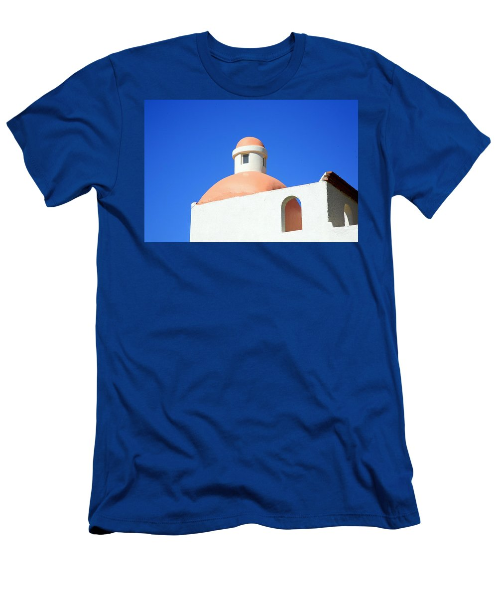 Building Men's T-Shirt (Athletic Fit) featuring the photograph Conejos by J R Seymour