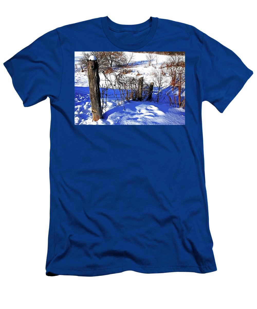 Fence Men's T-Shirt (Athletic Fit) featuring the photograph Creek Fenceline by Debbie Oppermann
