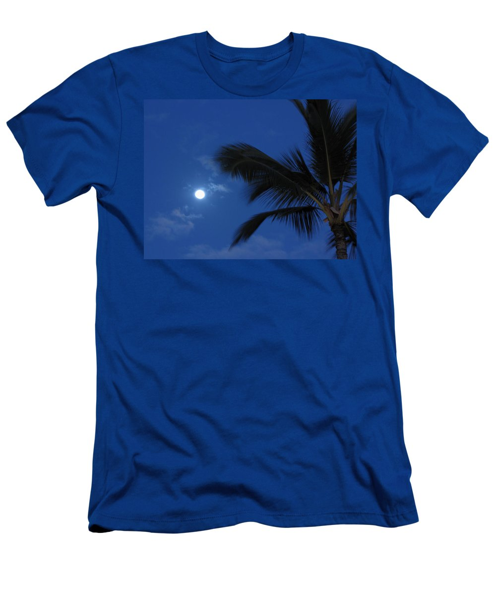 Moon Men's T-Shirt (Athletic Fit) featuring the photograph Hawaiian Moon by Sarah Houser